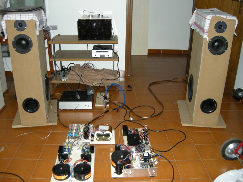2008 - Class D Amplifier comparasion test